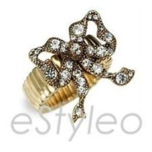 Betsey Johnson Vintage Stretch Ring Bow